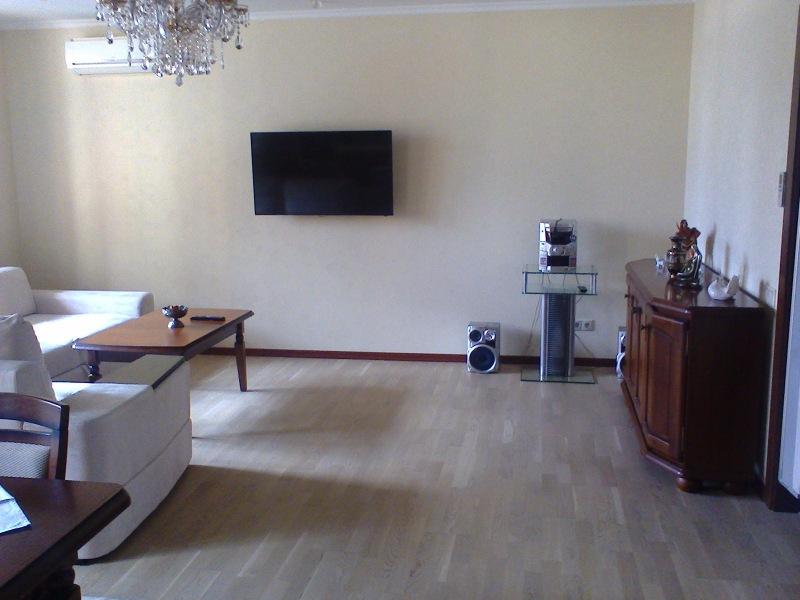 Продаётся уютная 2-комн квартира ул Ломоносова